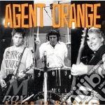 Living in darkness - cd musicale di Orange Agent